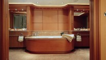 Yacht CAPRICORN -  Master Bathroom